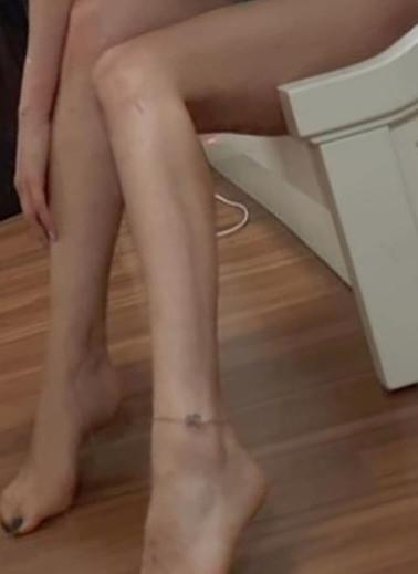 Why so many men like Feet ?