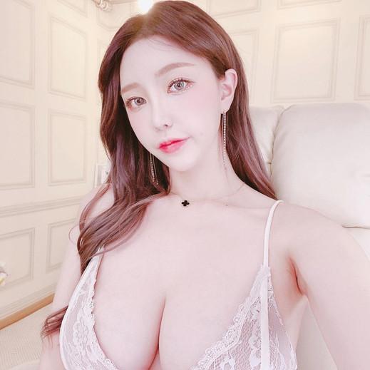 Miss G Yeoul