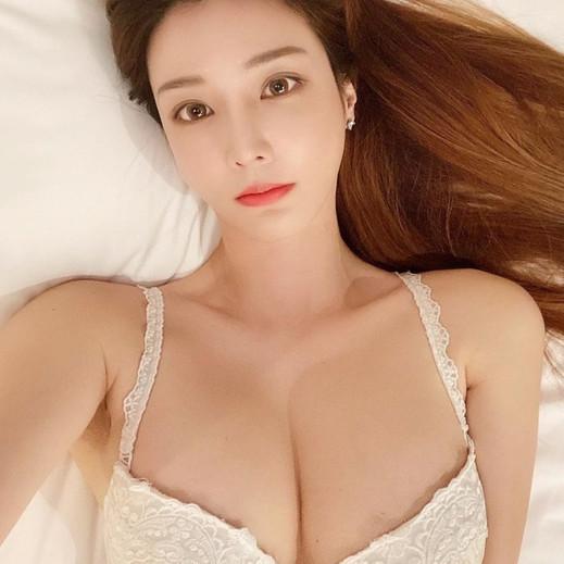 Manyo Yoojin Breast