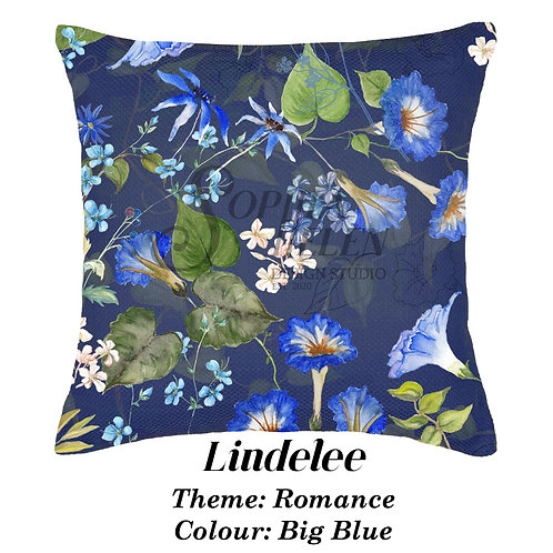 Lindelee in Romance, 100% Cotton scatter