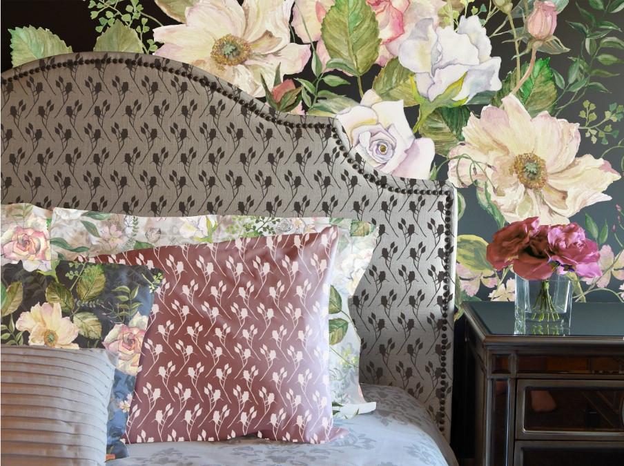 Ester bedroom Wallpaper roses