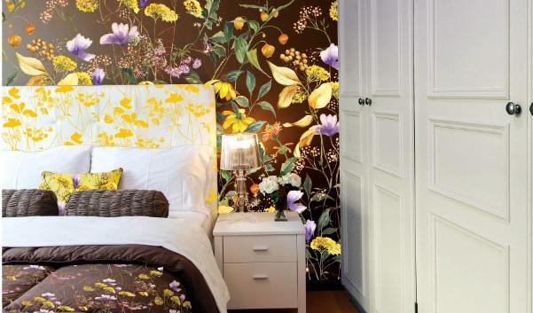 Dorethea Wallpaper bedroom