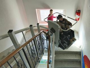Treppenlift für die Schule Mühlau