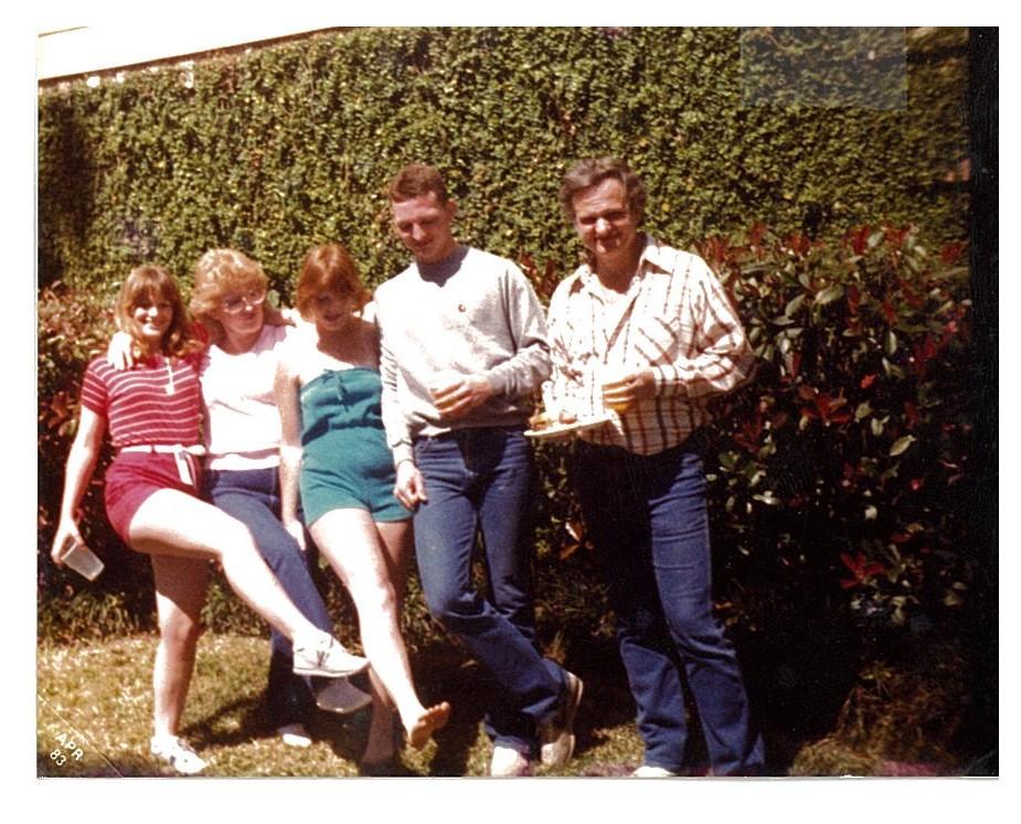 Kelley Family 1983 (Robin, Mom, sister Kara, brother Mark, Dad)