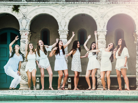 Senior high-school photoshoot: Friends from Carrolton of the Sacred Heart in Coconut Grove, FL