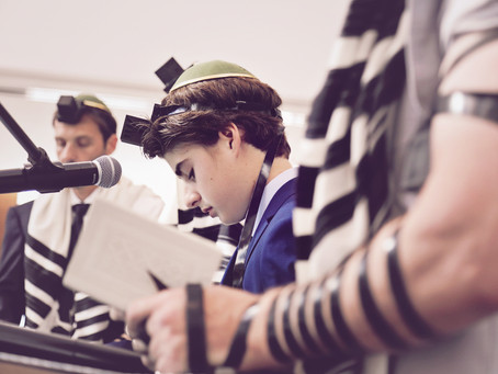 Bar Mitzvah photography: Alberto's event coverage at Chabad South in Aventura, FL