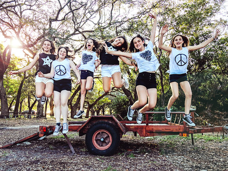 Bat Mitzvah girls' group: Francine and friends photoshoot at Greynolds Park, Aventura FL