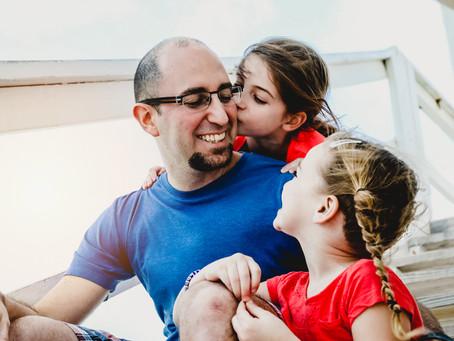 Family photoshoot:  Perla & Simon at South Pointe in Miami Beach, FL
