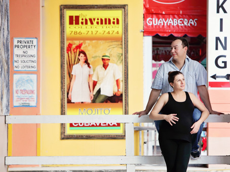 Maternity urban session: Guersi family photography in Calle 8, Miami, Fl.