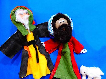 puppets-268646_1920.jpg