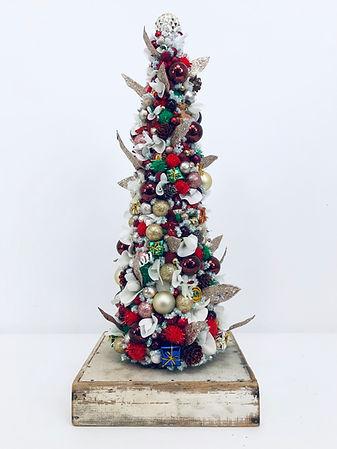 Large Christmas Tree 11.2019.jpg