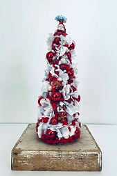 Christmas Tree 2021-Red-Santa.jpg