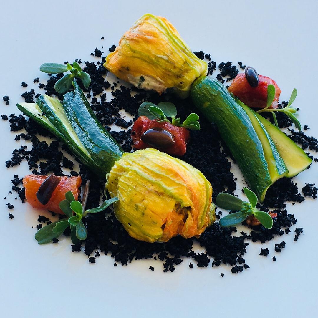 Fleurs de courgettes farcies à la provençale