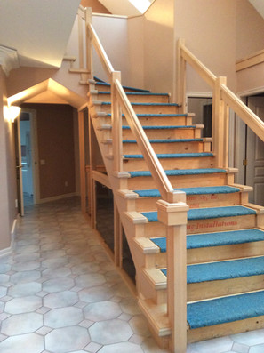 BEFORE: Painting staircase woodwork