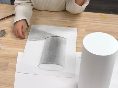 小学生クラス.幾何形体石膏デッサン