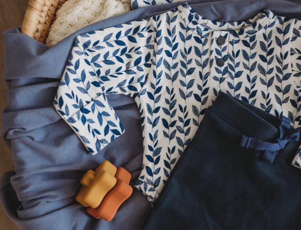 Snuggle Hunny - Long Sleeve Bodysuit   Nightshade