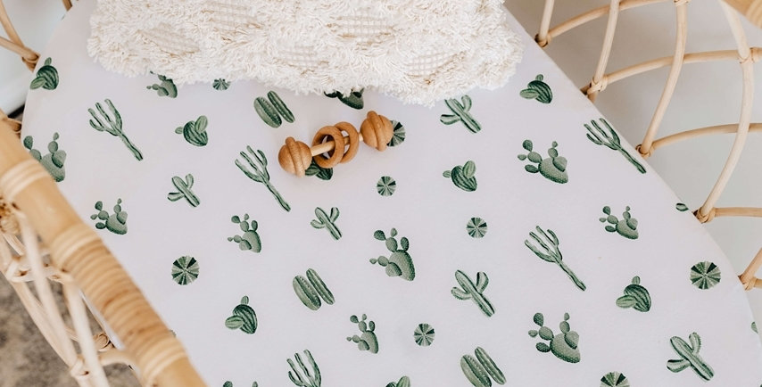Snuggle Hunny - Cactus Bassinet Sheet / Change Pad Cover