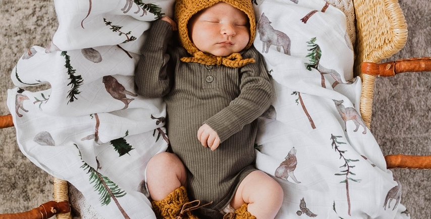 Snuggle Hunny - Bronze Merino Wool Bonnet & Booties Set