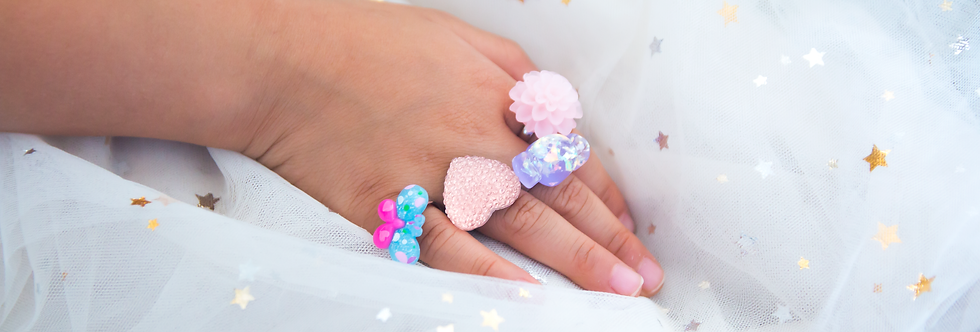 Huckleberry -Petite Ring Collection