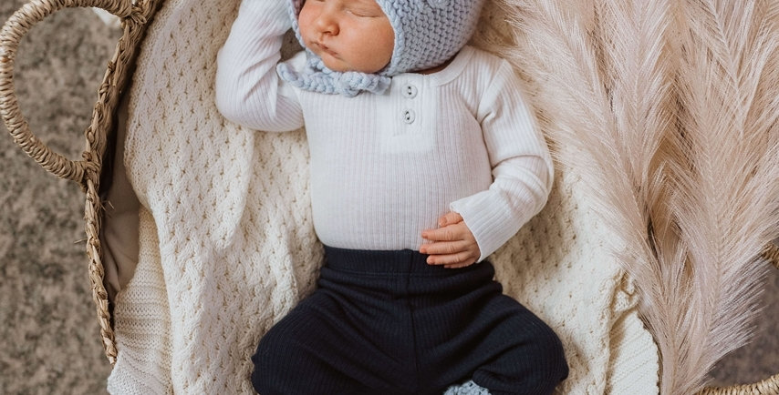 Snuggle Hunny - Blue Merino Wool Bonnet & Booties Set