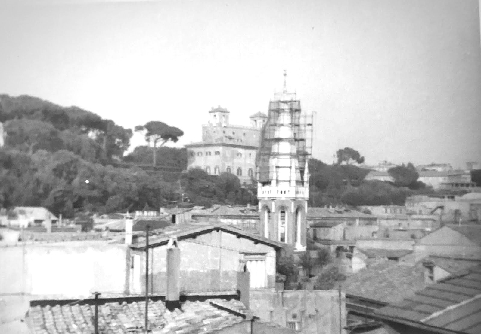 The erection of the spire in 1937.