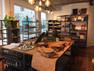 Wij gaan op zakenreis, houd jij onze Fairco Shop open?