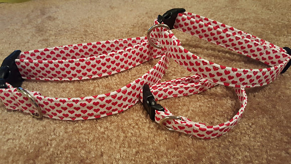 Valentine's Day Mini Hearts Buckle Collar