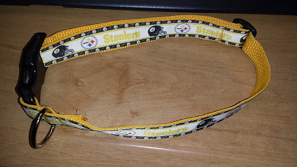 Pittsburgh Steelers - White & Black Buckle Collar