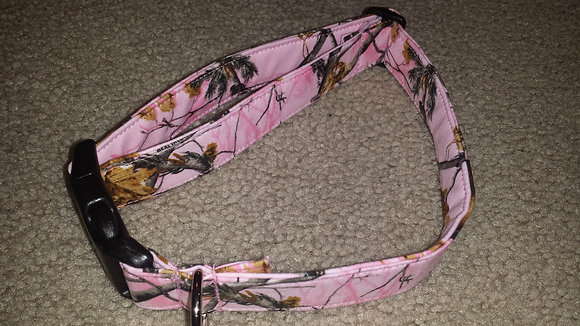 Pink Realtree Camo Buckle Collar