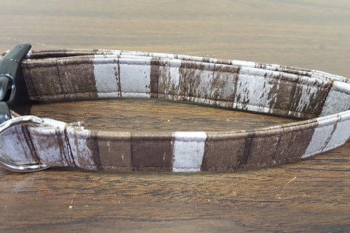 Brown Wood Grain Buckle Collar