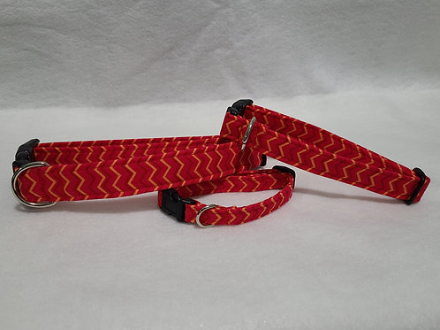 Red ZigZag Buckle Collar