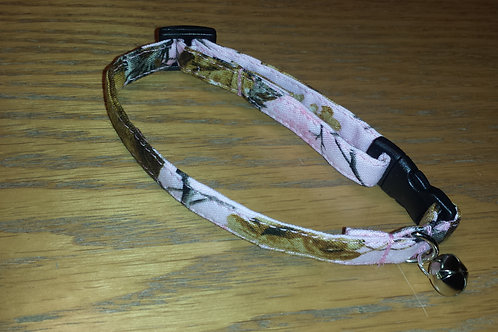 Pink Camo Cat Break-a-way Collar