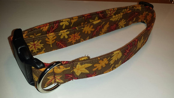 Fall Leaves Buckle Collar