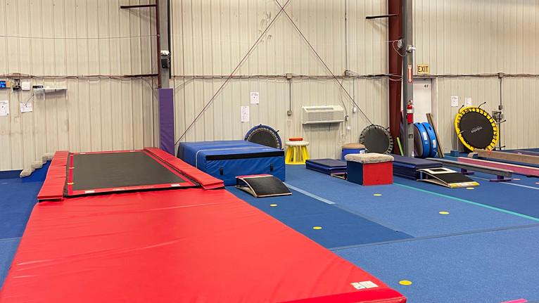Meks Recreational Gym: Vault & Tumble Track Area