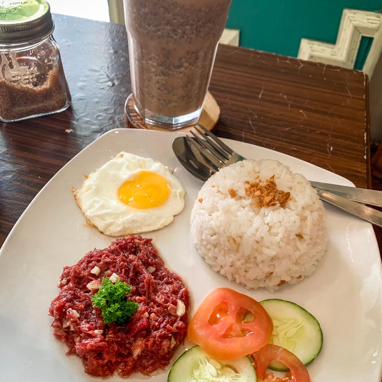 Breakfast in Siargao Island | On Airplane Mode