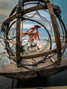 Fisherman in Inle Lake   On Airplane Mode