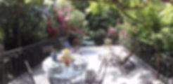 Terrasse fleurie - Gîte au coeur de la campagne du Tarn