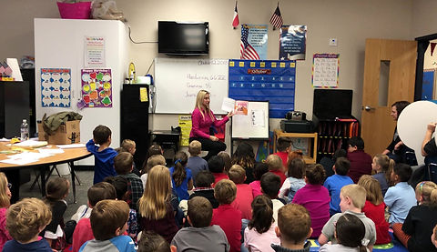 Reading to a 1st grade class