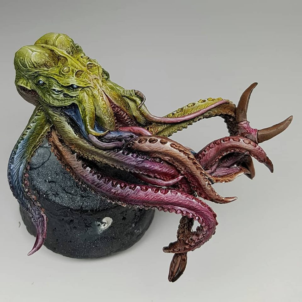 Dust Cthulu head. Sculpted by Joaquin Palacios. Painted by Ben Komets