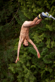 MHRP Nude Bungy Jumping 5