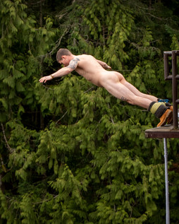 MHRP Nude Bungy Jumping 9