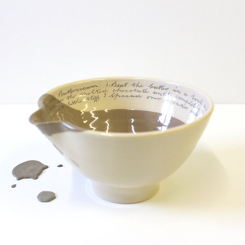 Medium Bowl - Chocolate Brown