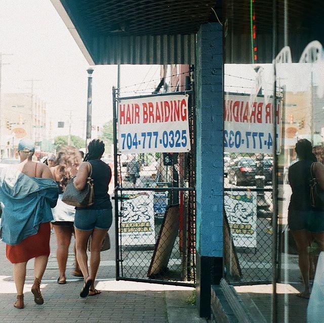 #35mm #filmphotography #plazamidwood #streetphotography #hannahbarnhardtphotos #hannahbarnhardtphoto