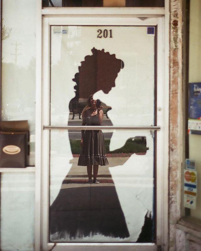 #inpursuitofvivianmaier #filmphotography #girlsonfilm #35mm #hannahbarnhardtphotos