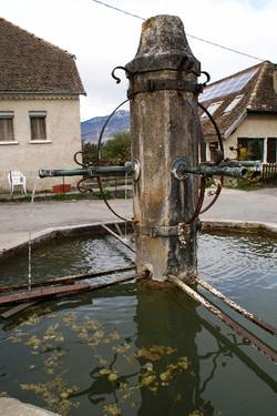 Bassin-fontaine_à_PREBOIS_mini
