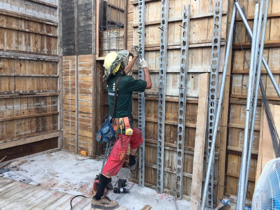 1 M F 柱、牆模板組立-1