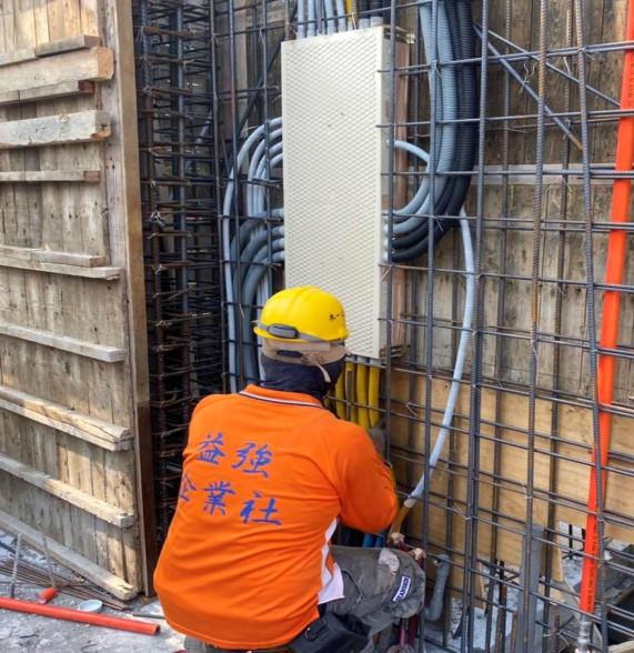 D 區 3F 柱牆水電配管