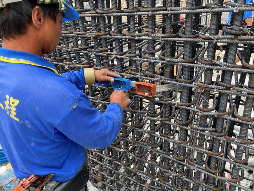 B棟5F柱牆水電配管(出線盒安裝)