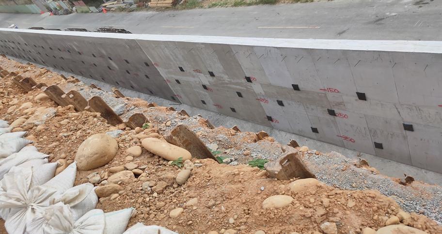 A擋80米透水器施作完成