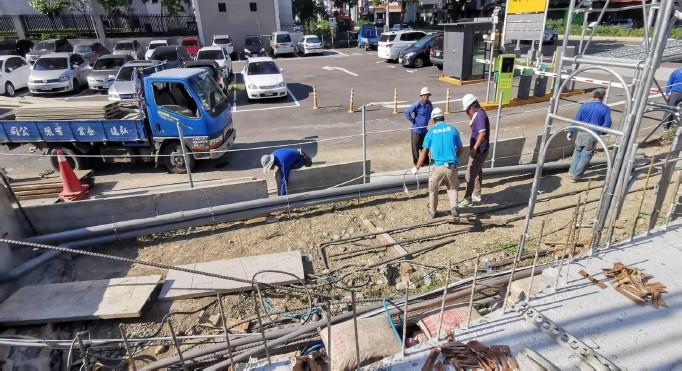 外圍牆排水溝施工